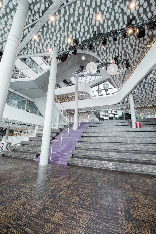 2-Sint-Nicolaaslyceum-Amsterdam