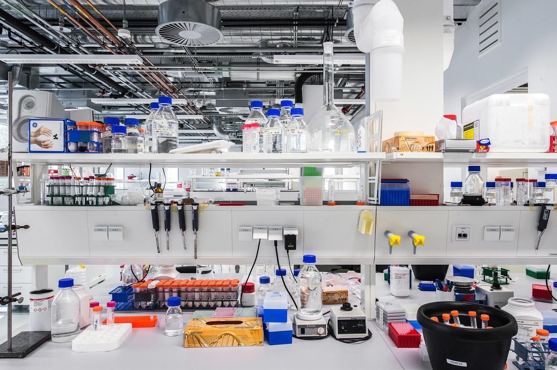 6-Universiteit-Leiden-Faculteit-der-Wiskunde-en-Natuurwetenschappen
