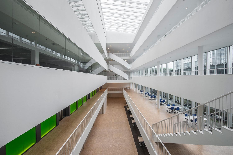 8-Universiteit-Leiden-Faculteit-der-Wiskunde-en-Natuurwetenschappen